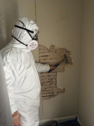 Lead Paint Removal, Removing Lead Paint, Technician removing lead paint, Puritan Flood technician, Puritan Flood, lead wall, lead paint, Puritan Flood, How to remove lead paint, How to remove Lead paint, Removing lead paint from wall, Lead paint on wall removal, lead paint removal from all